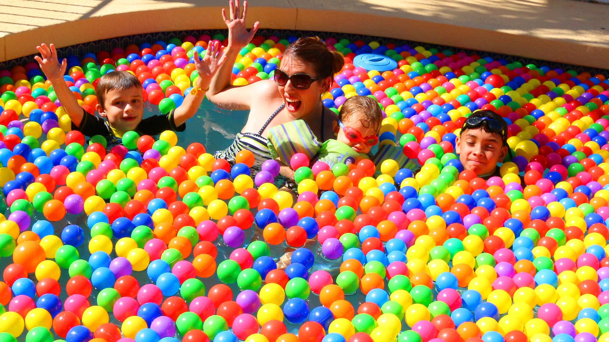 GIANT BALL PIT Swimming Pool Challenge Funny Jumps, Kids Games, Ballpit  Fight by DisneyCarToys – YouTube