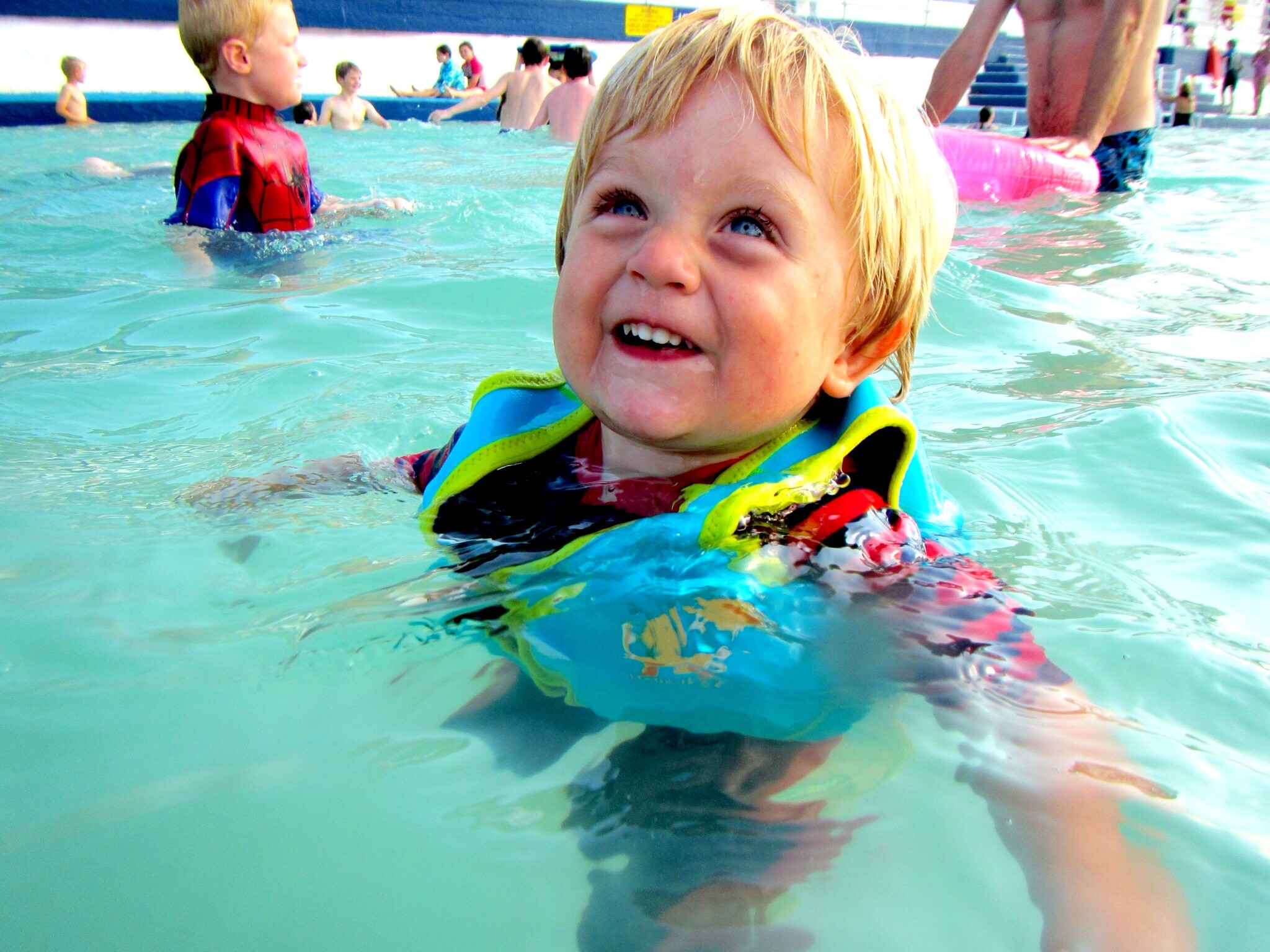 It's been fantastic to see the pool so busy over the summer holidays – kids  learning to swim or splashing about under the watchful eyes of the  lifeguards, …