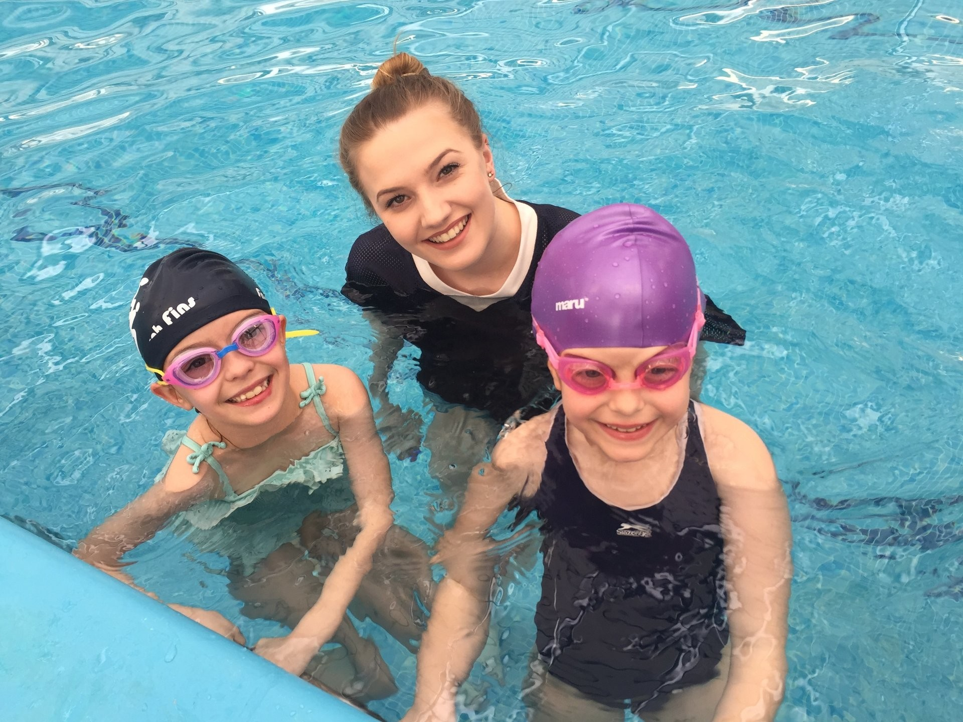 Swimming lessons in private indoor swimming pools