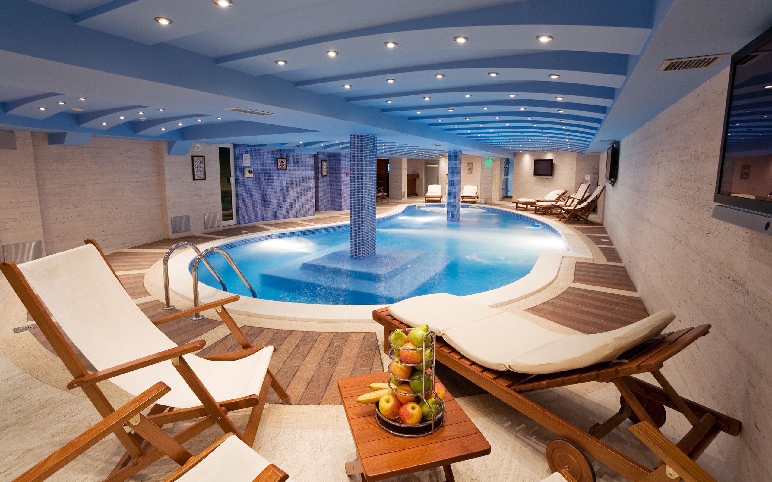 … Indoor Swimming Pool for the Best Home Recreation in the View from the  Pool Can Be Luxury Indoor Swimming Pool Wallpaper …