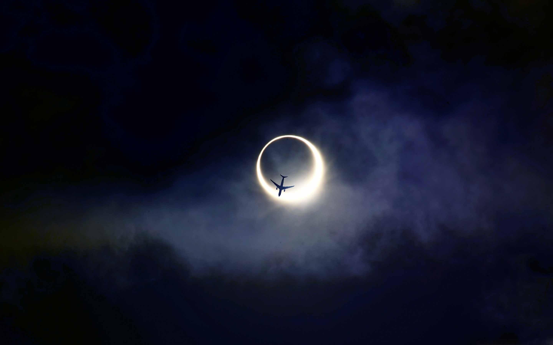 Annular Eclipse Mac wallpaper