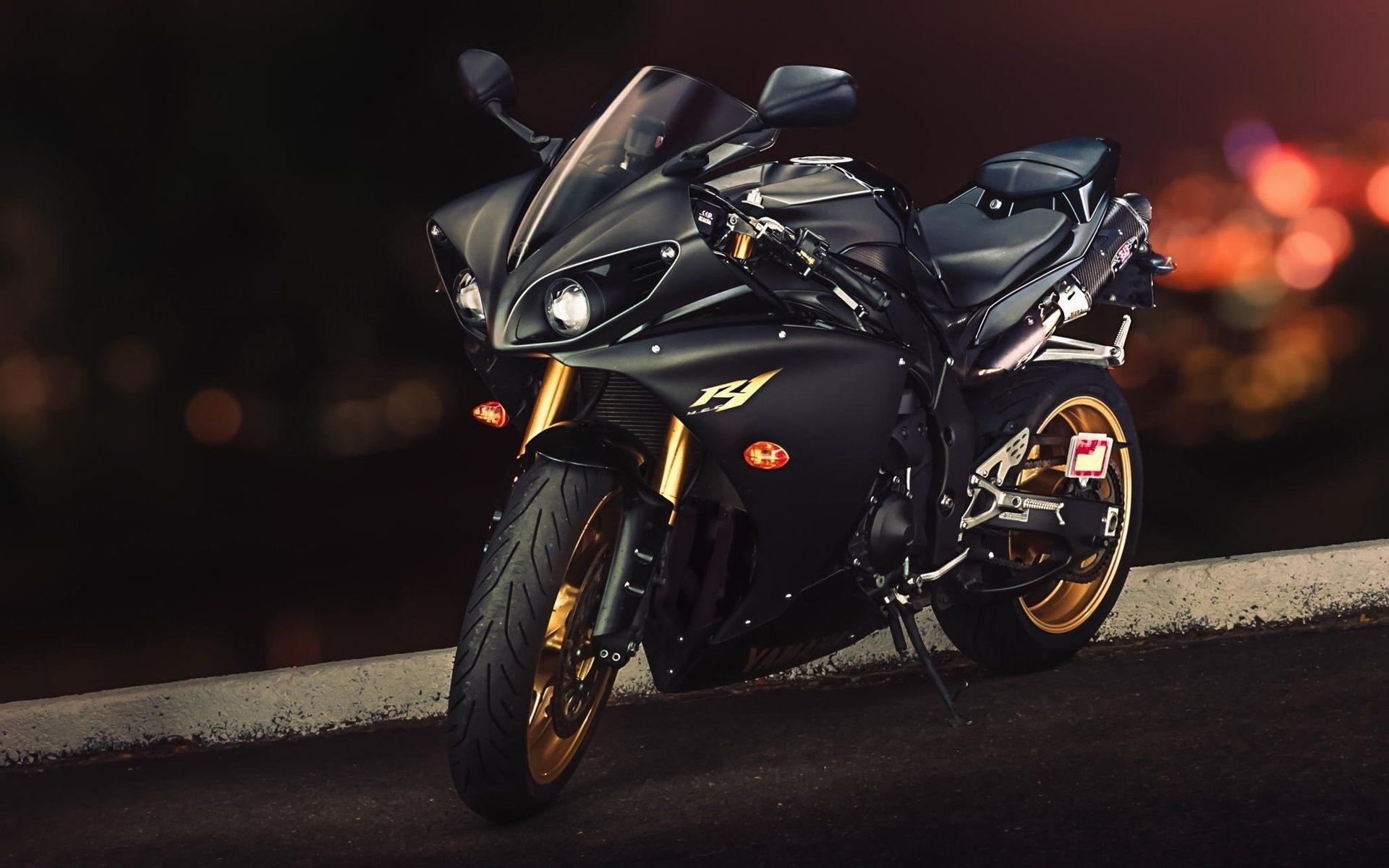 Yamaha R1M Cafe Racer Wallpaper