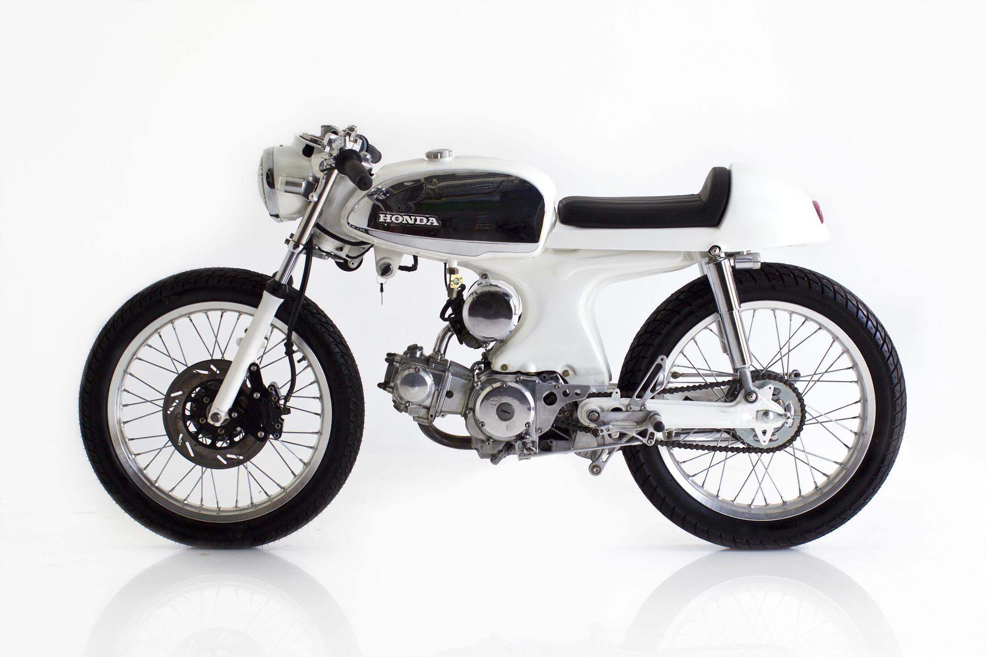 Deus-Ex Machina Custom Honda S90 Cafe Racer e wallpaper      165912   WallpaperUP