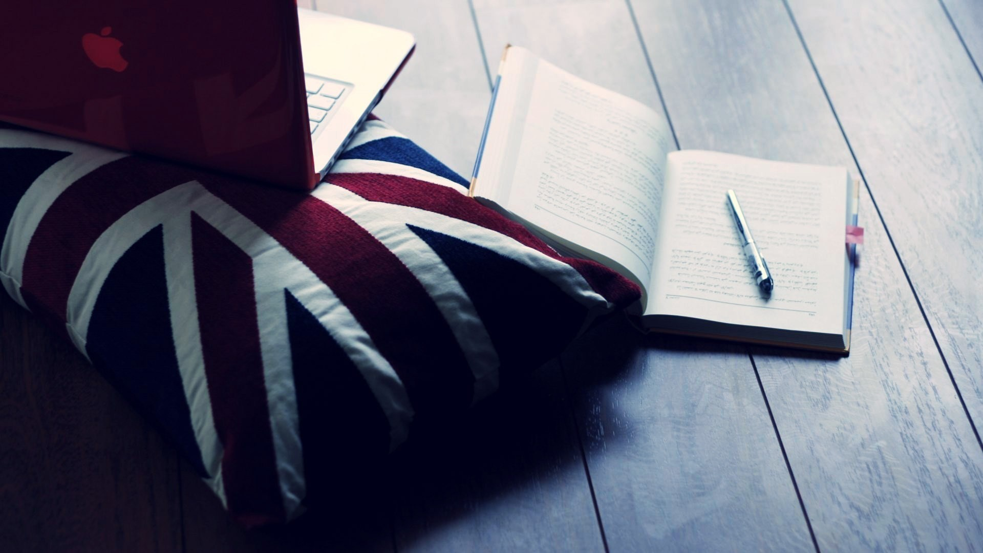 Notebook Wallpaper 42869
