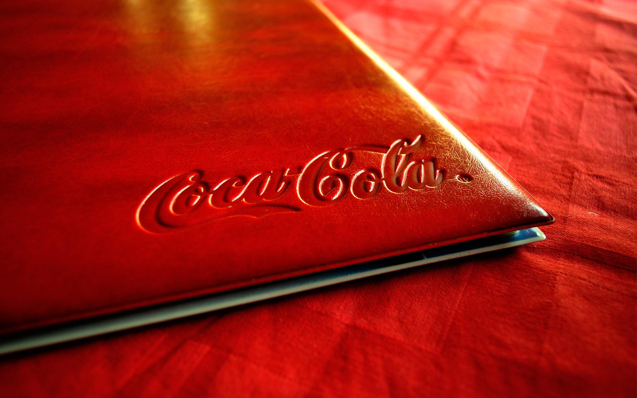 Free Wallpapers – Coca Cola Logo Notebook wallpaper