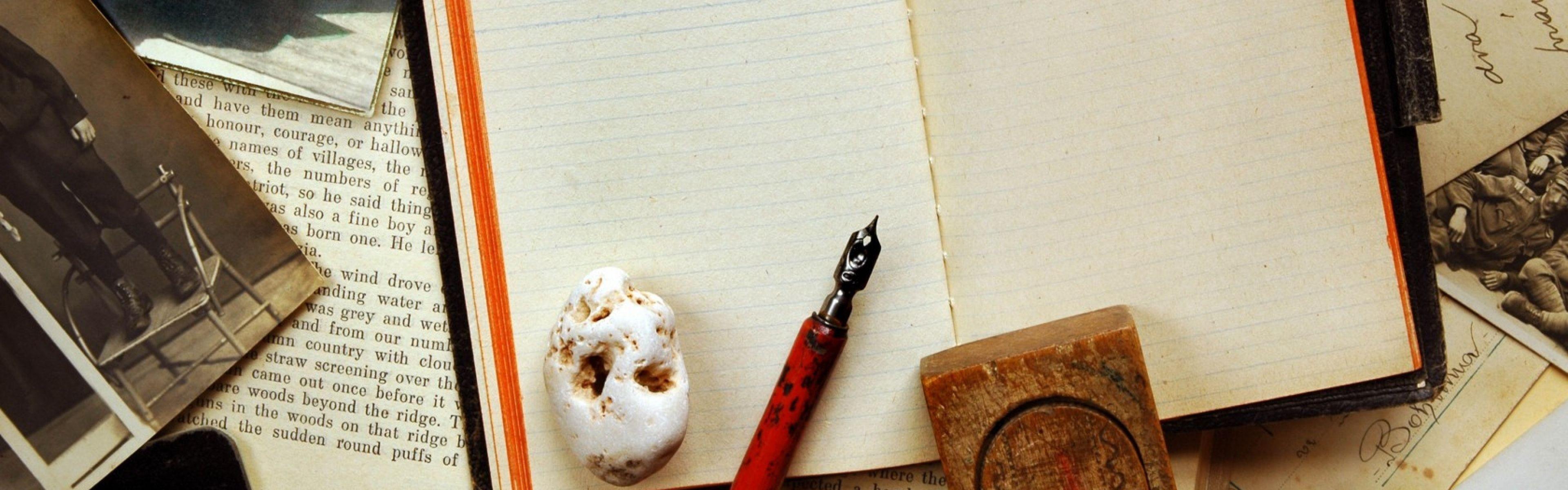 Download Wallpaper Vintage, Notebook, Pen, Photography .