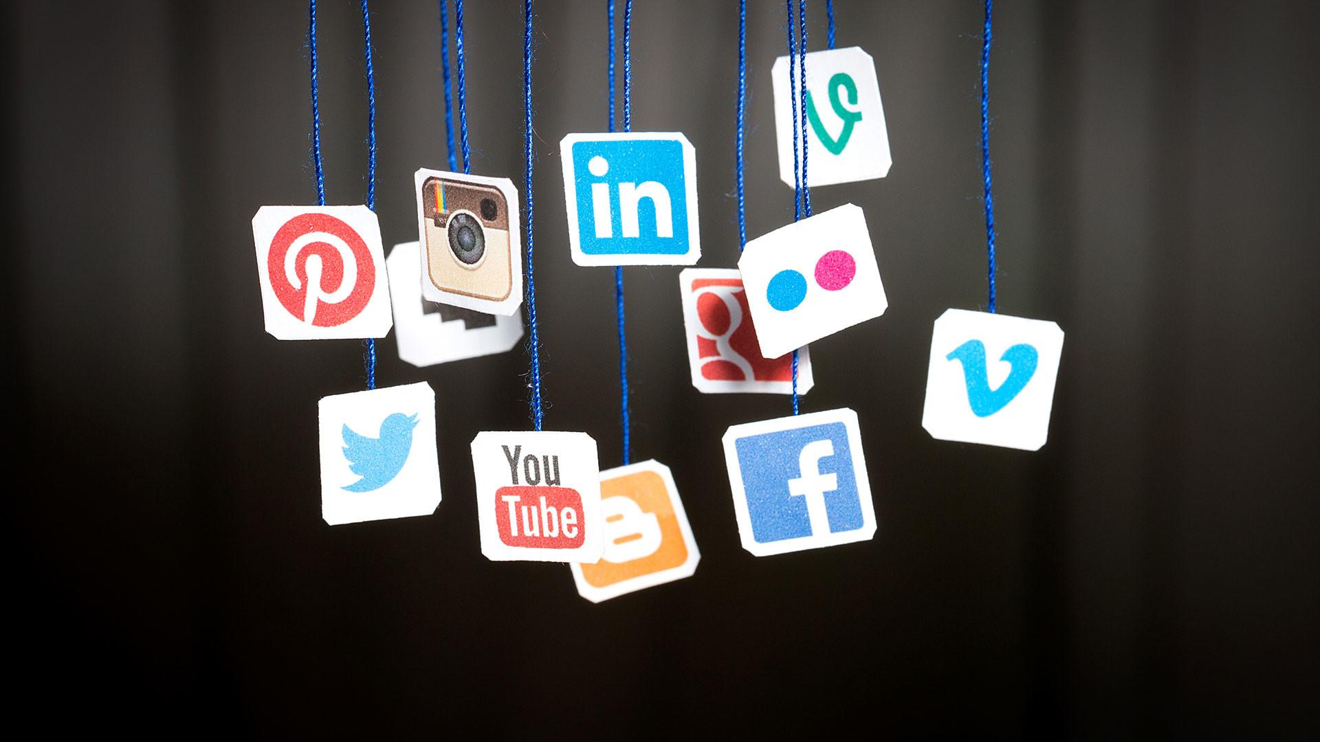 hd pics photos stunning attractive social media 12 hd desktop background  wallpaper
