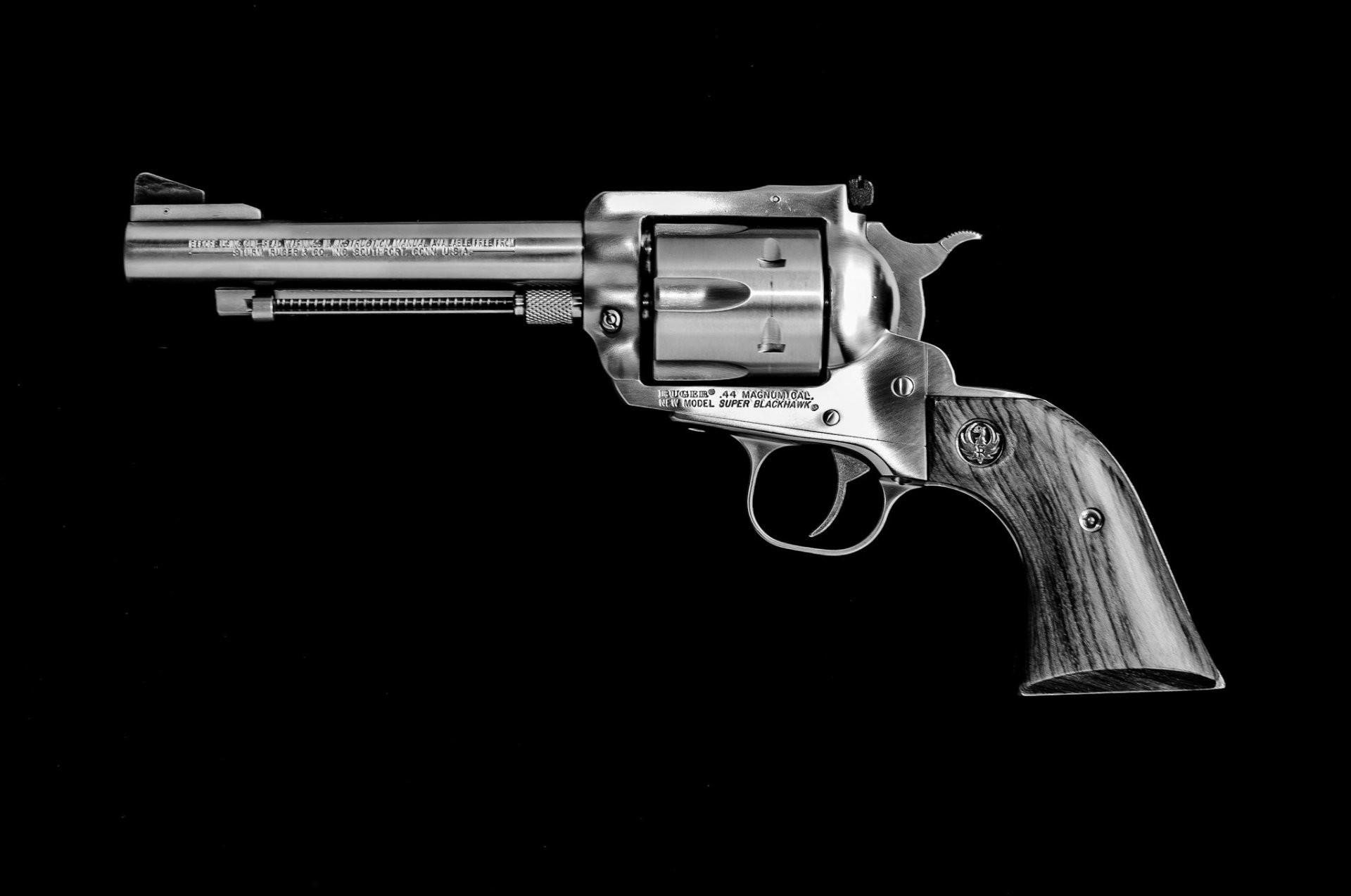 ruger .44 magnum magnum weapon
