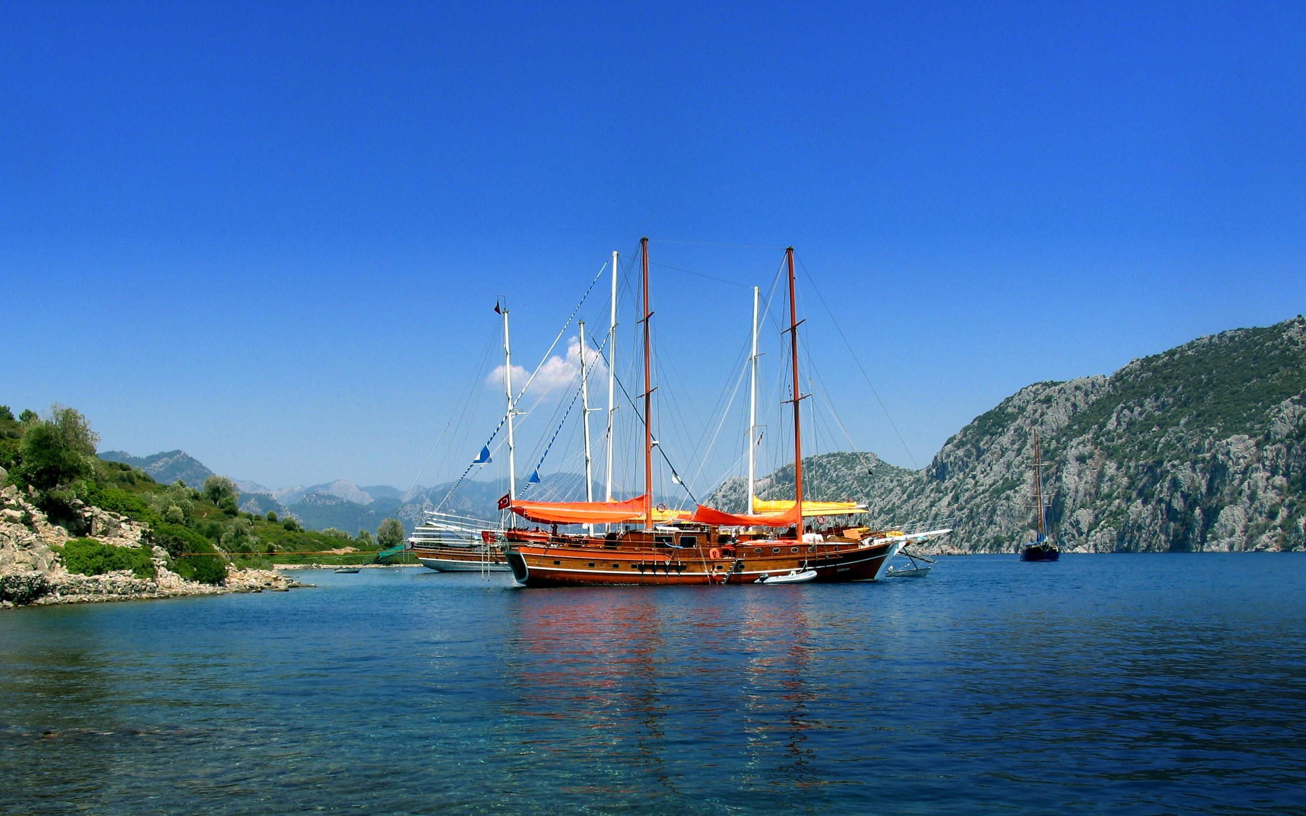 Sailing Ship Widescreen Wallpaper