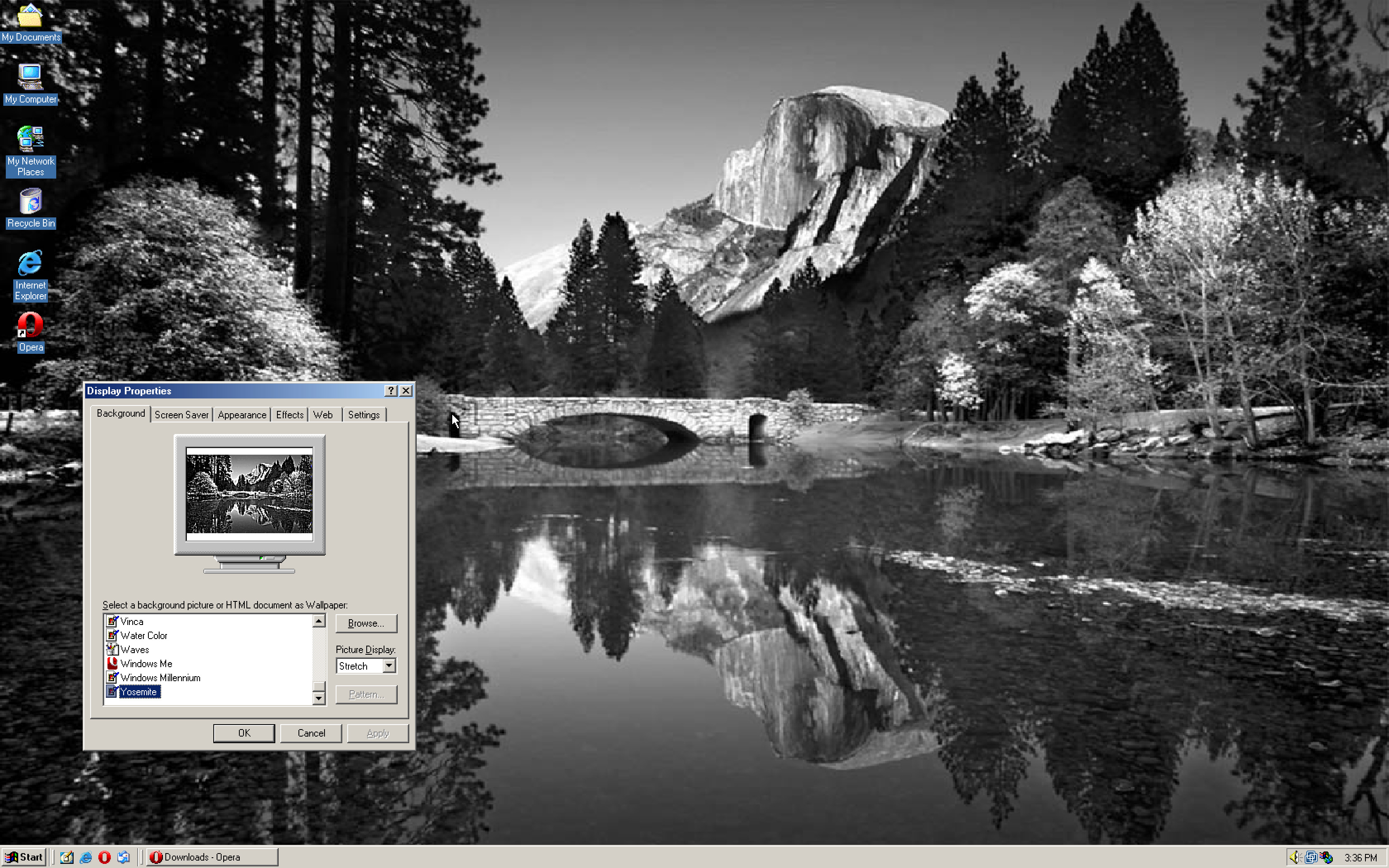 TIL there is a Yosemite wallpaper in Windows ME