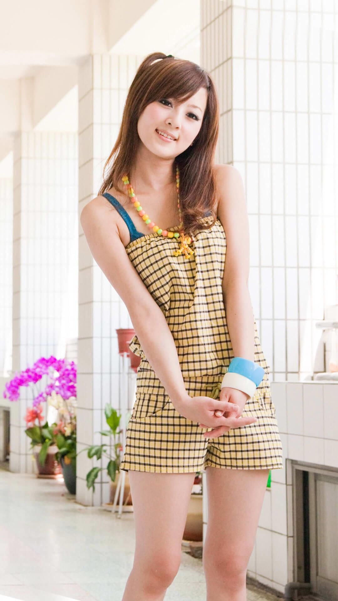 Cute Asian Girl iOS 9 Wallpaper HD