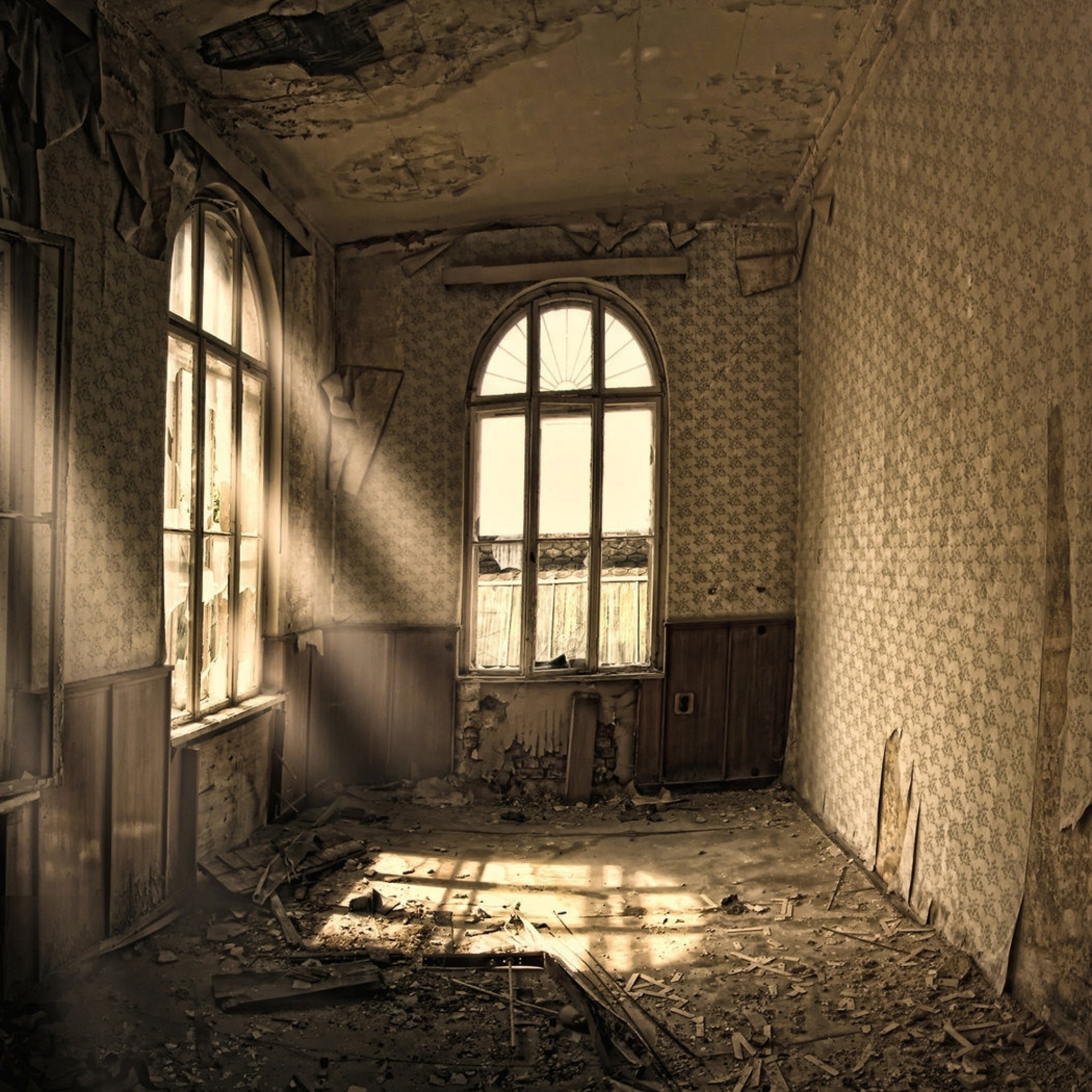 Preview wallpaper building, old, room, ruin, windows 2048×2048
