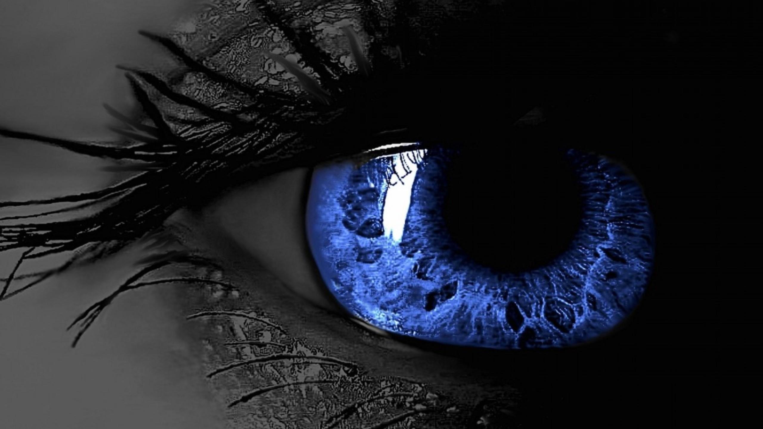 3D Blue Eye Desktop Wallpaper