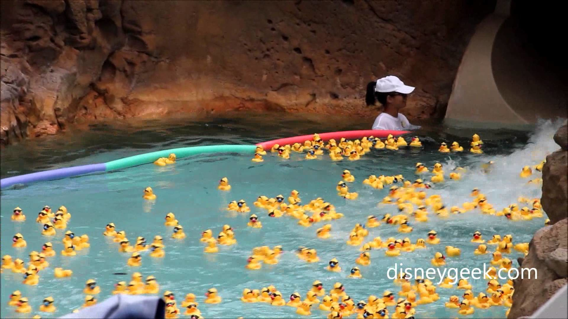 Aulani – Rubber Ducky Derby to Celebrate 2nd Anniversary