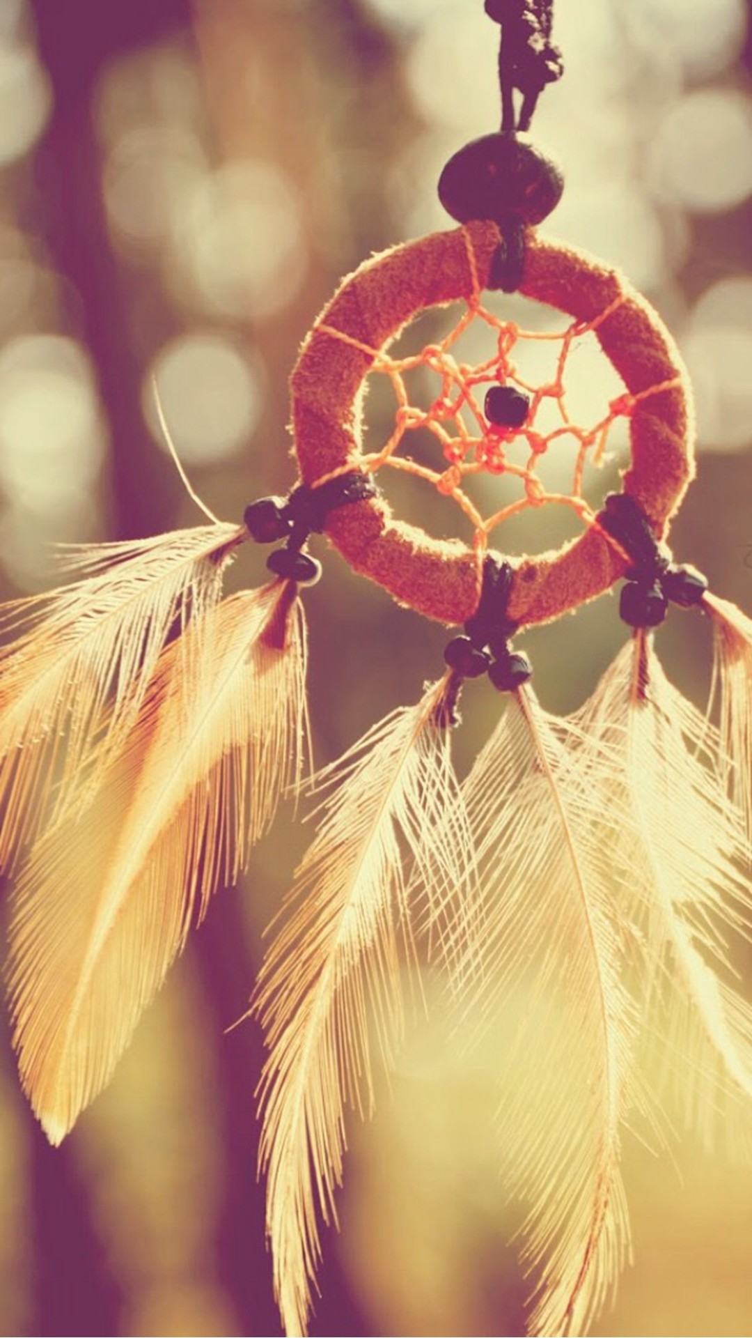 Dreamcatcher Feathers Closeup #iPhone #6 #plus #wallpaper