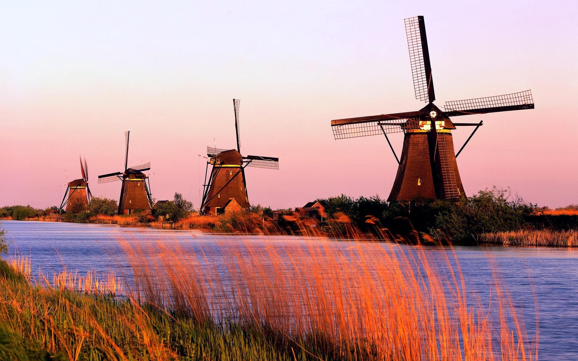 Kinderdijk Windmills wallpaper – 755425
