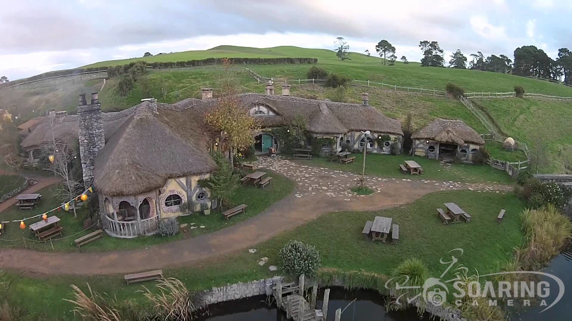 Aerial of New Zealand: Hobbiton, Milford Sound, Queenstown & more! – YouTube