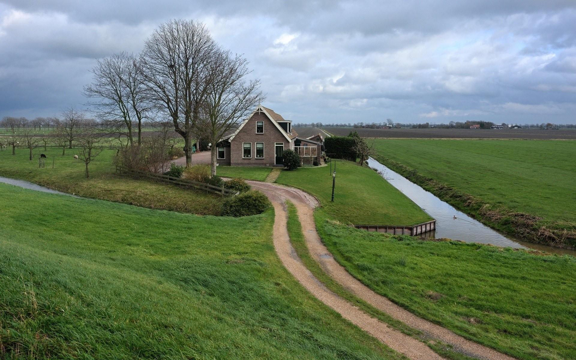 Farm House HD