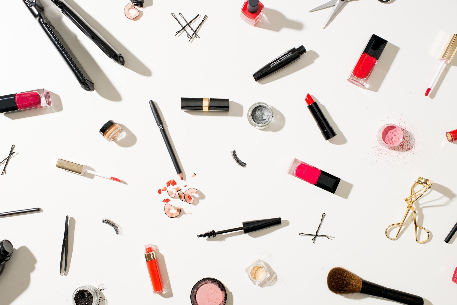 The One Make-Up Product All Beauty People Swear By 1