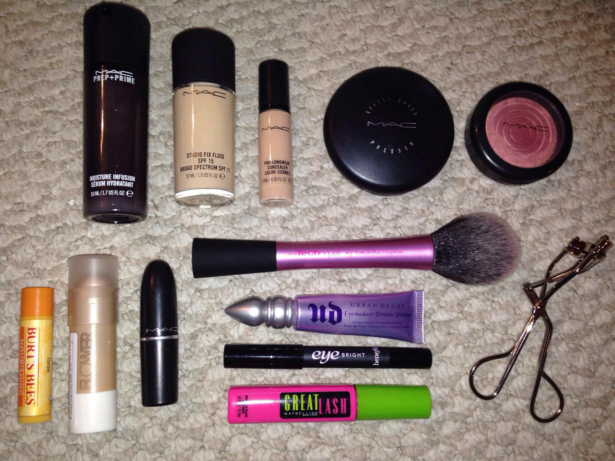 Makeup. Cosmetics. Mac cosmetics prep and prime moisture infusion,