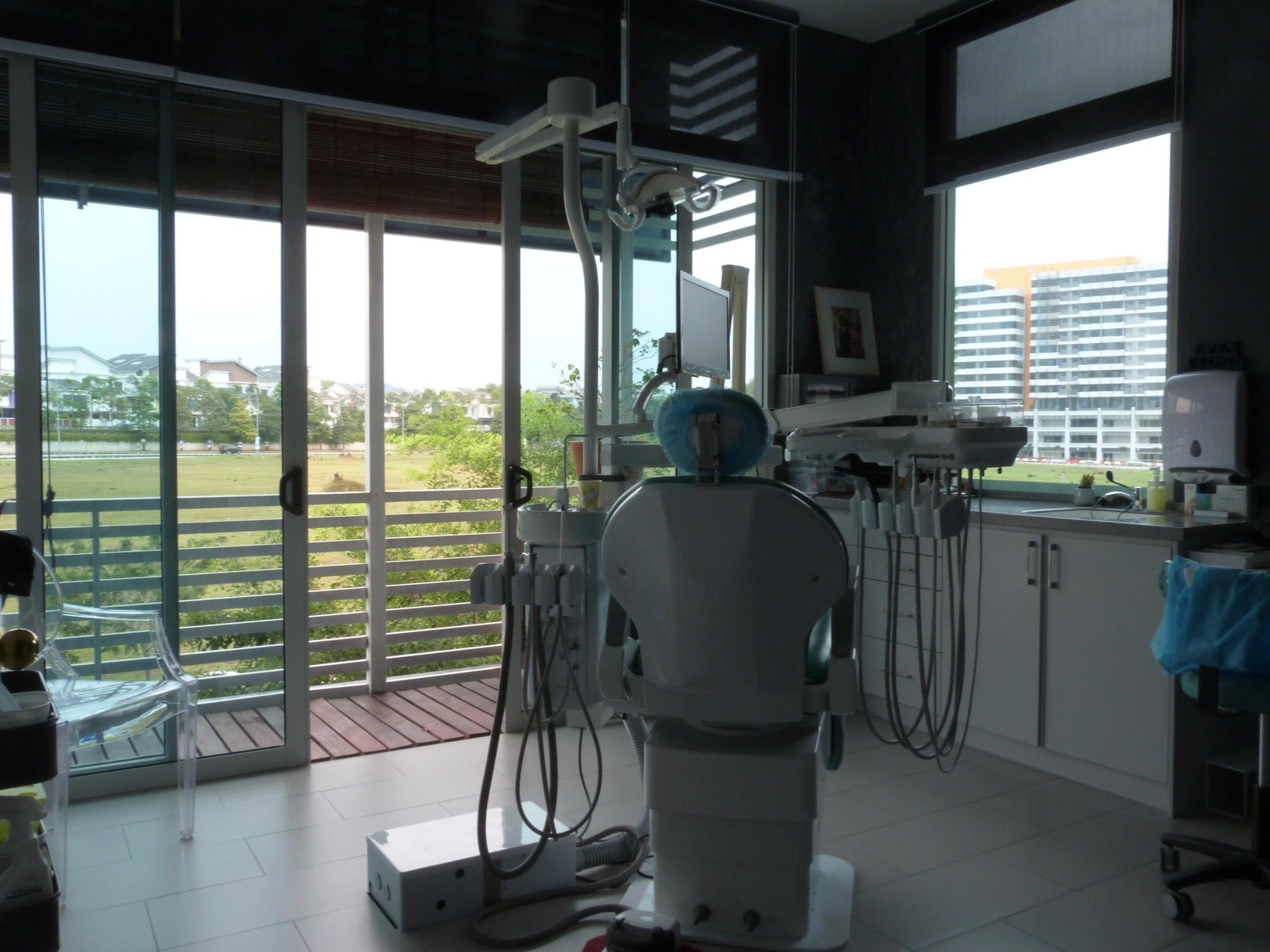 1st Dental Clinic