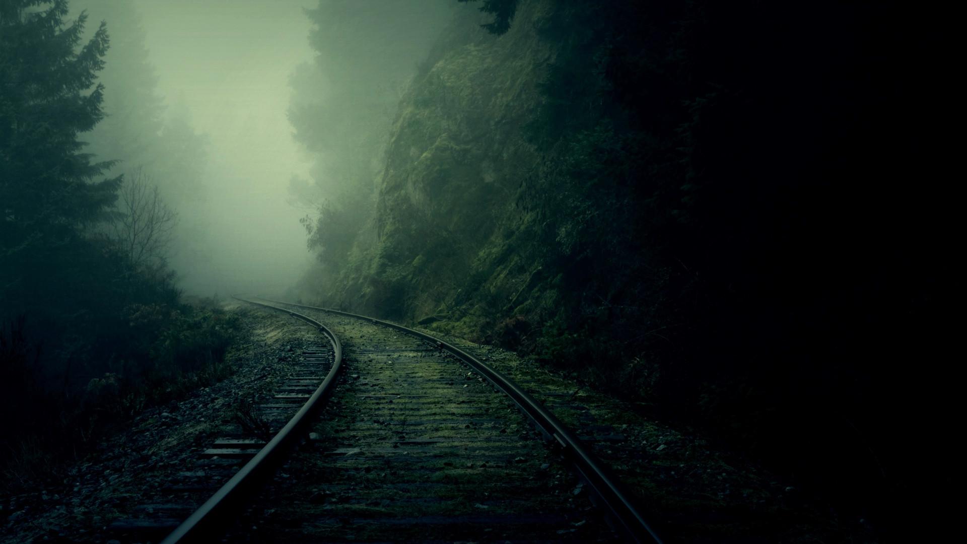 Movie – Predestination Railroad Wallpaper