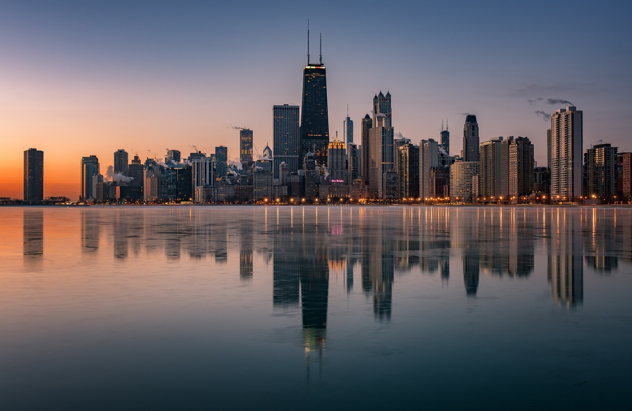 Man Made – Chicago USA City Reflection Building Skyscraper Wallpaper