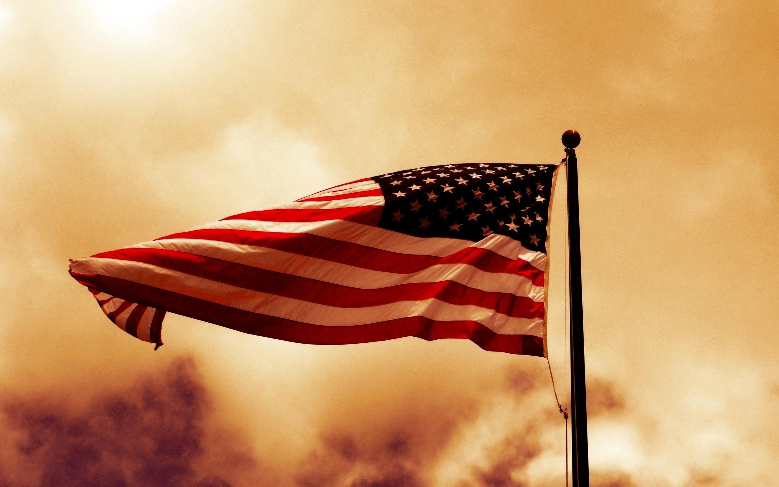Vintage American Flag Wallpaper