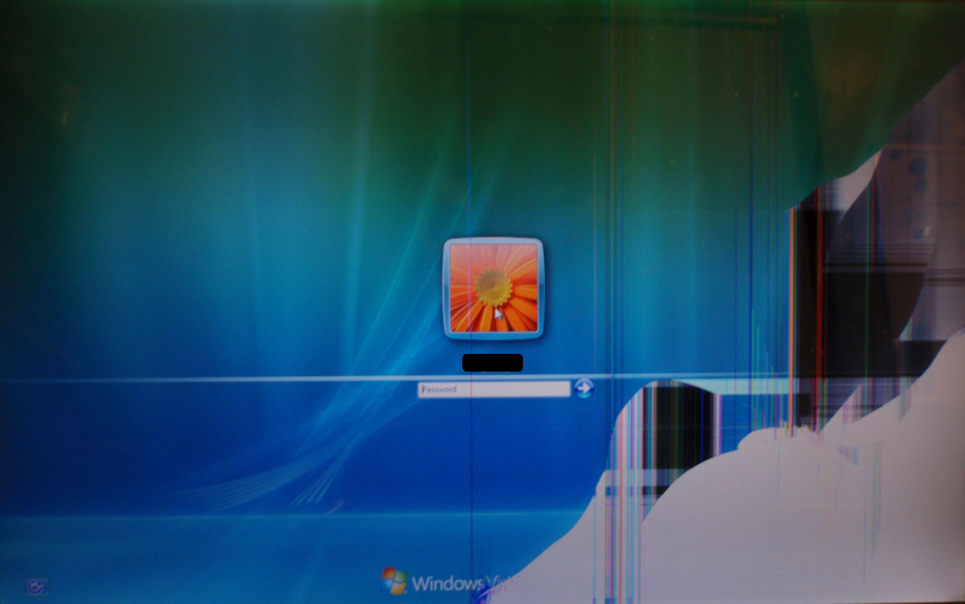 Cracked Screen Wallpaper Image