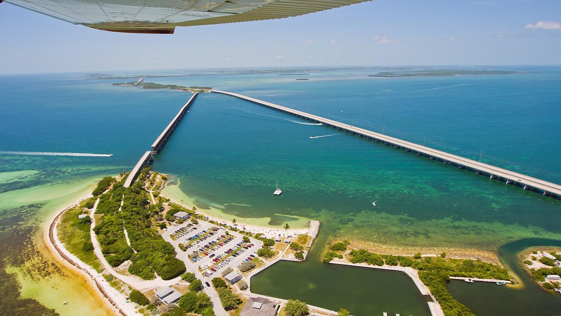 Flight over Key West, Bahia Honda Bridge and the Florida Keys – YouTube