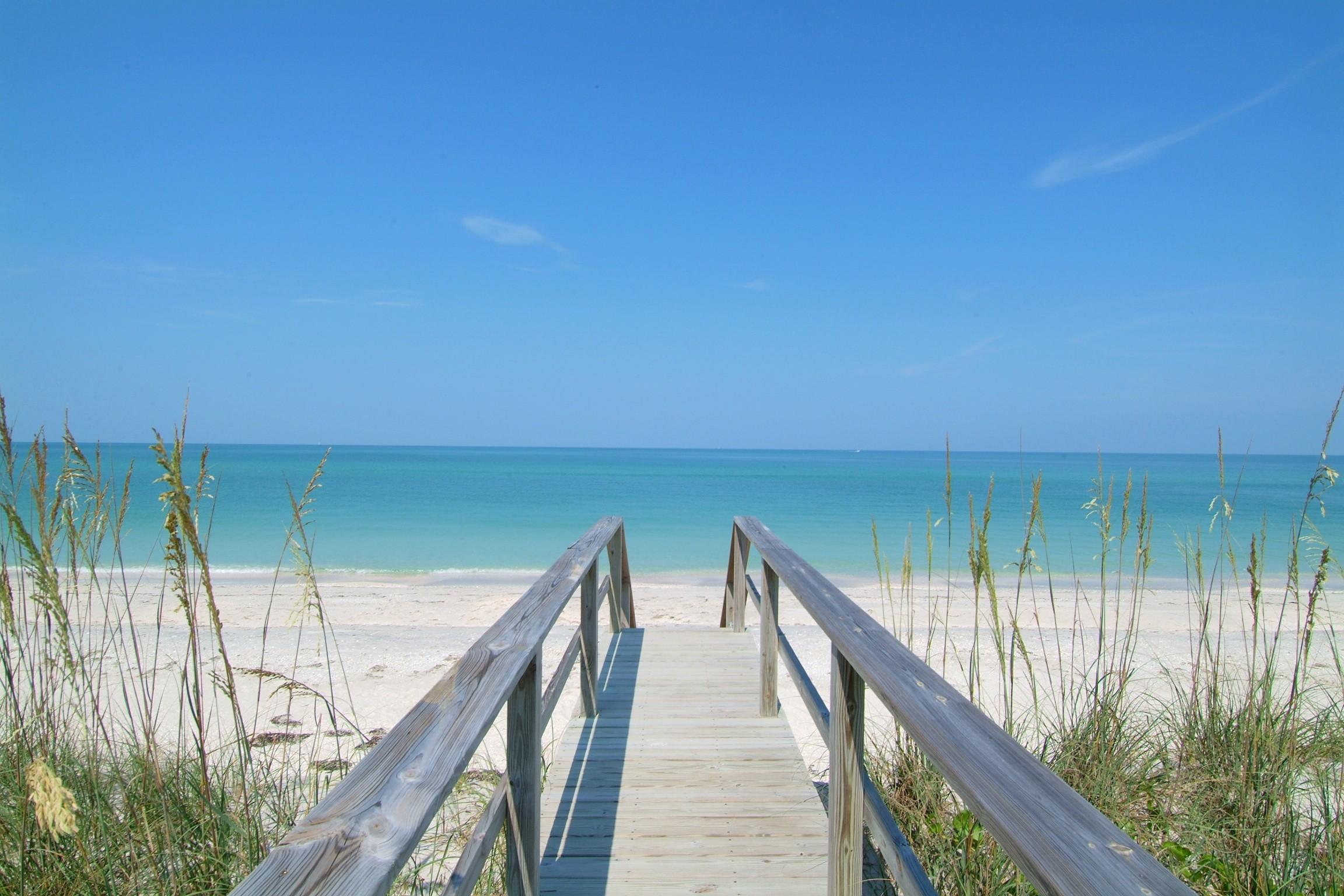 Best Beach Town in Florida. Vote for Siesta Key, #1 .