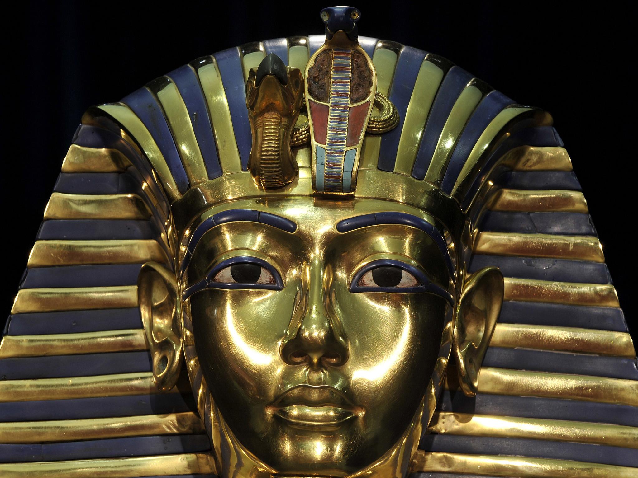 King Tutankhamun was mummified with an erect penis to 'quash religious  revolution' | The Independent