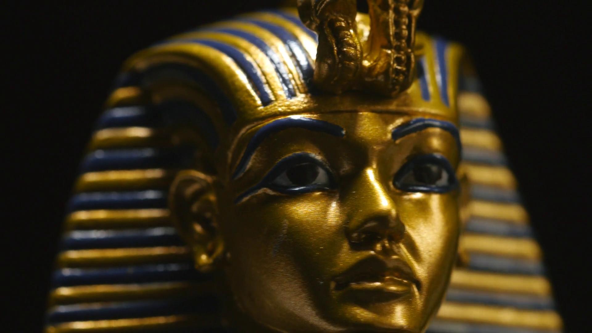 4K Closeup Pharaoh Mask Artifact – Egyptian Archaeology Stock Video Footage  – VideoBlocks