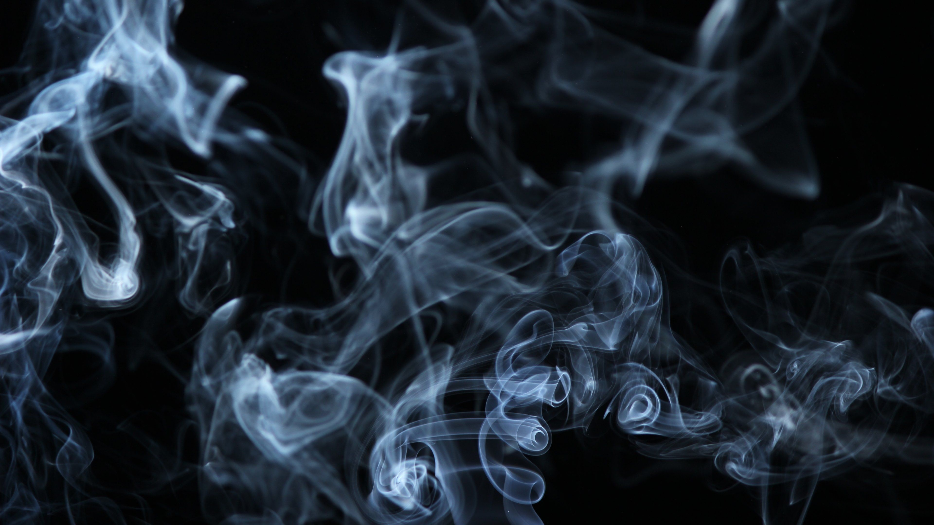 Smoke on black background Wallpapers :: HD Wallpapers