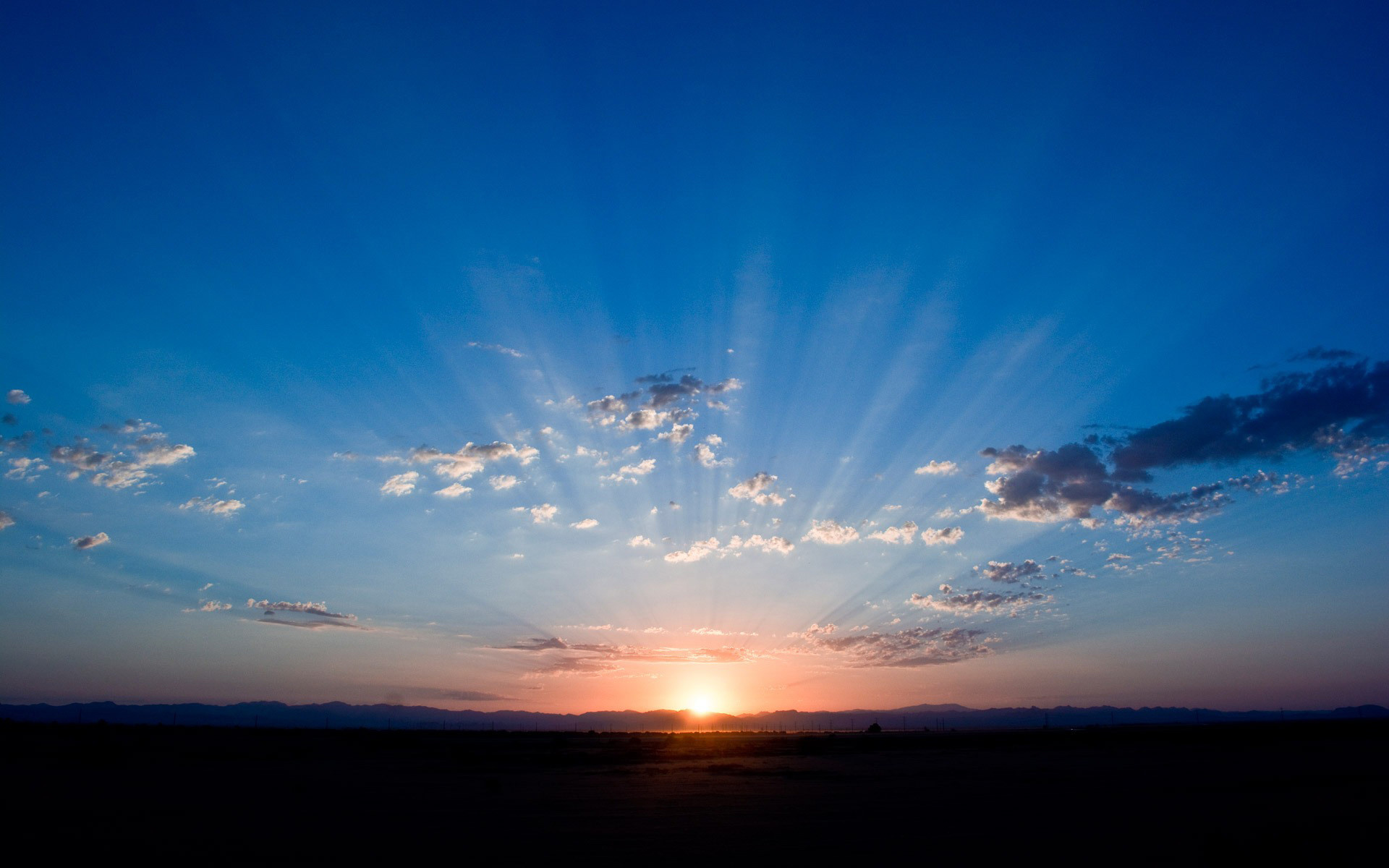 Morning Sun Rays Wallpapers