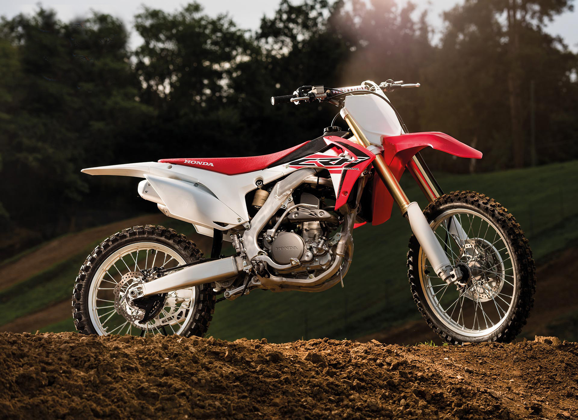 2015 Honda CRF450R Wallpapers: Find best latest 2015 Honda CRF450R  Wallpapers in HD for your