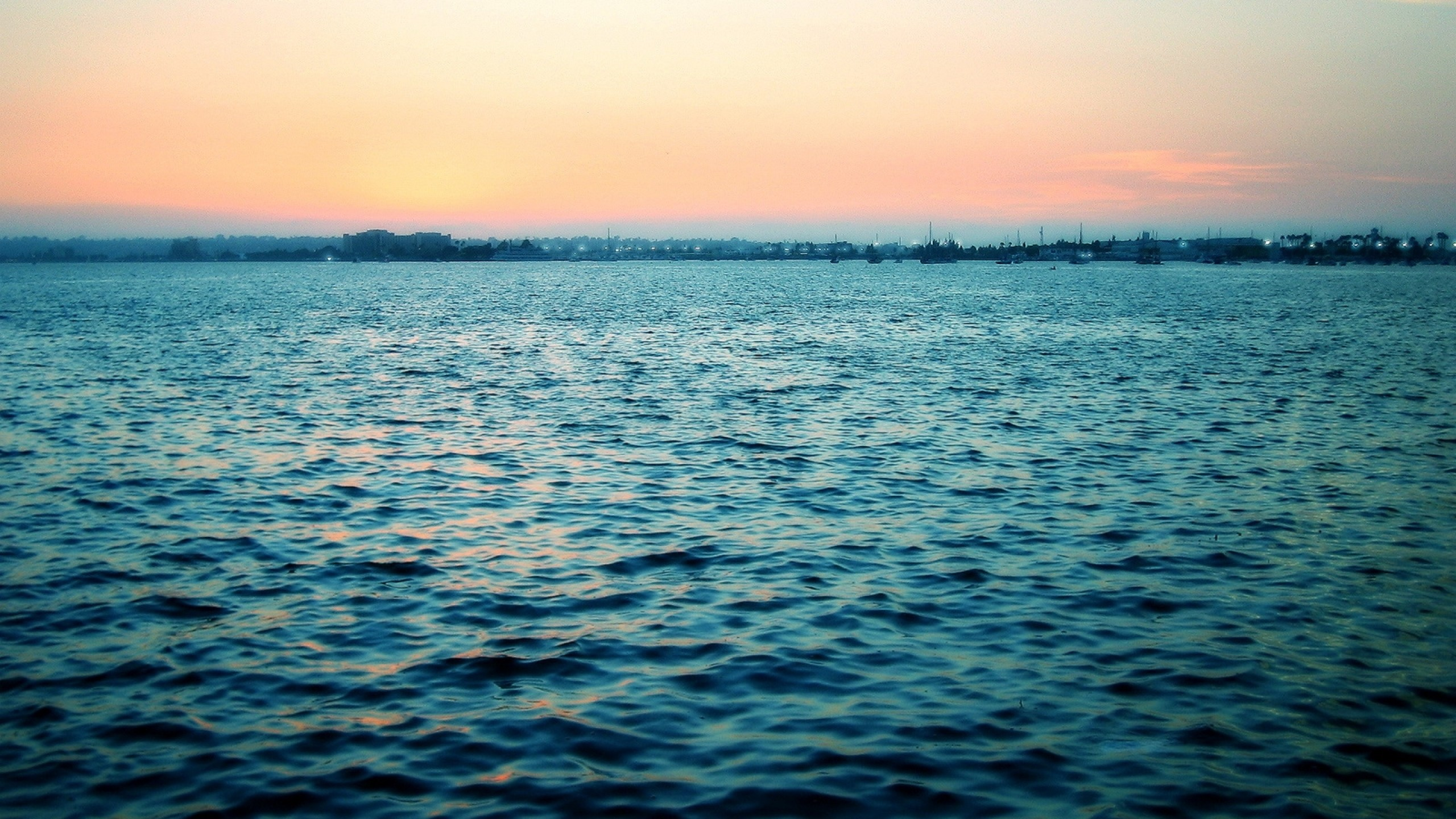 Preview wallpaper sea, calm, water table, ripples, evening 2560×1440