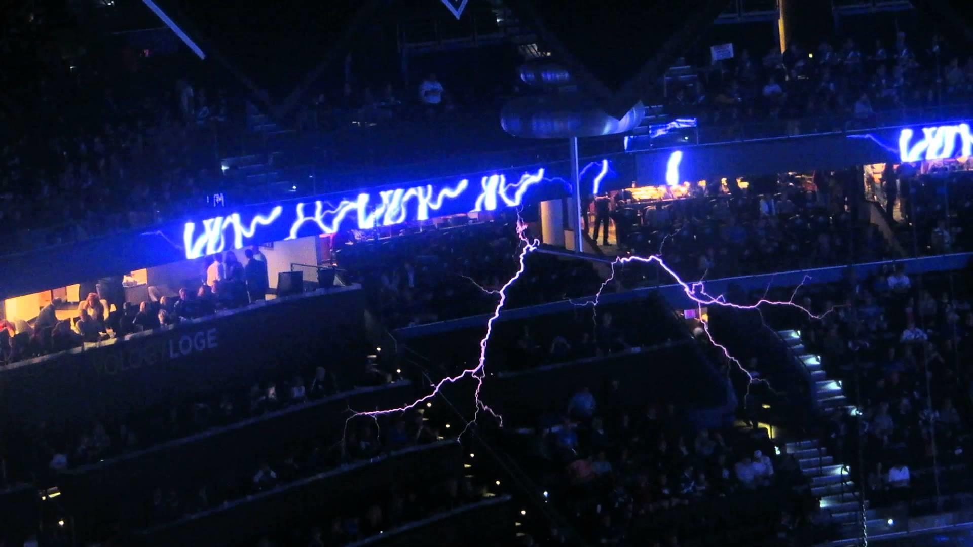 Tampa Bay Lightning — Tesla coil