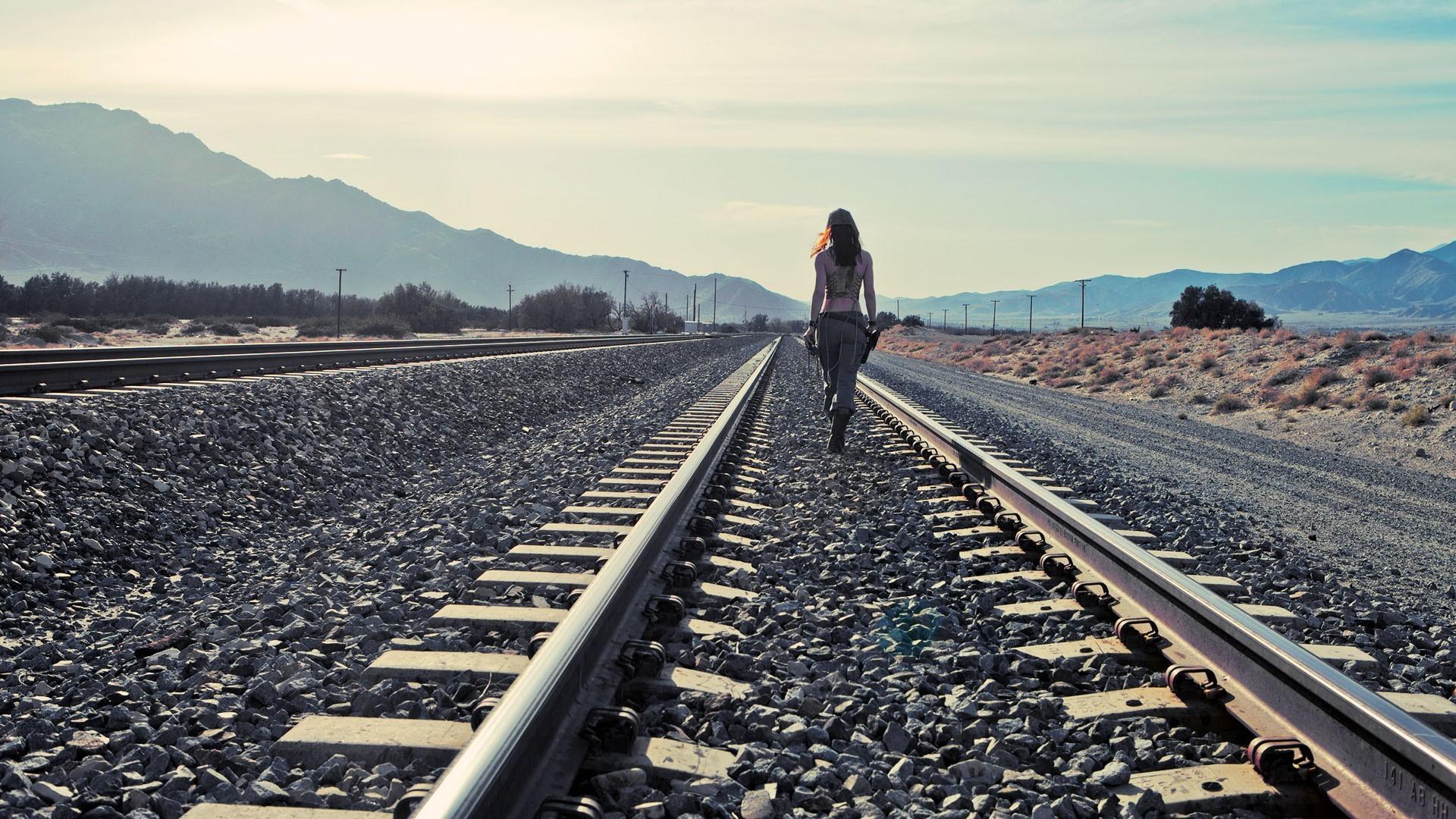 … HD Train Tracks Wallpaper