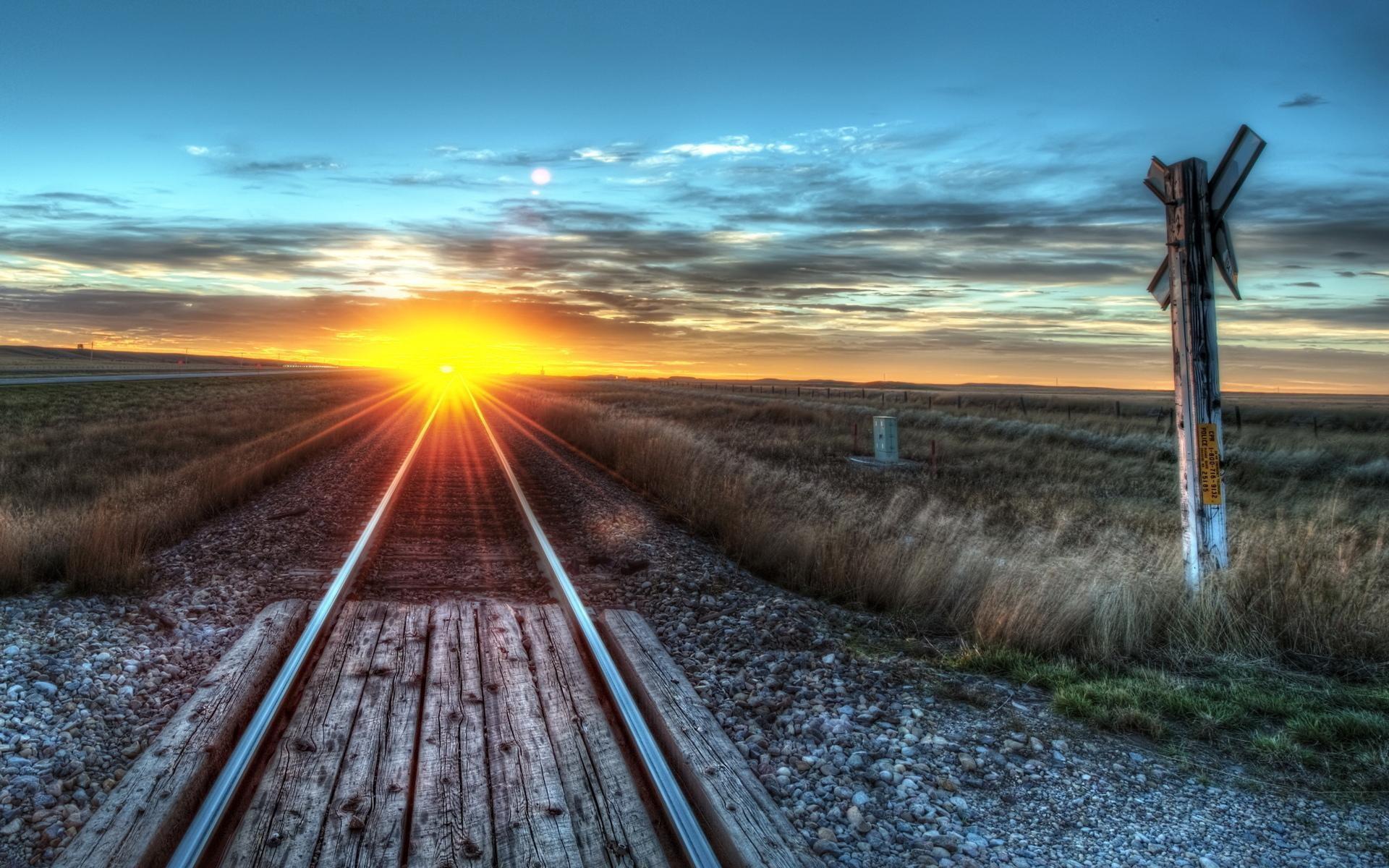 Beautiful Train Track Wallpaper 37961
