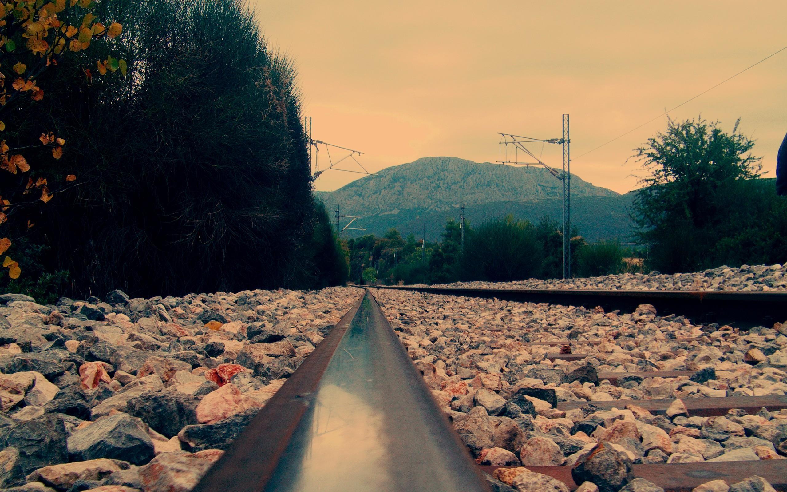 Train Track Wallpaper 37972