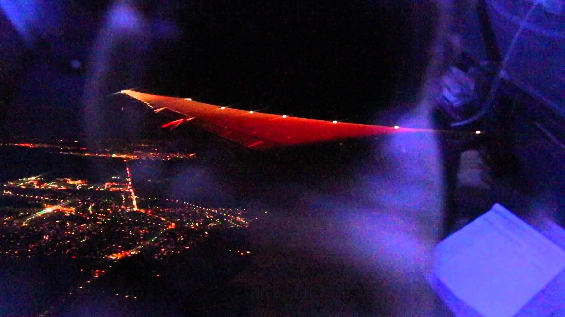 Boeing 787-8 night take-off from Frankfurt