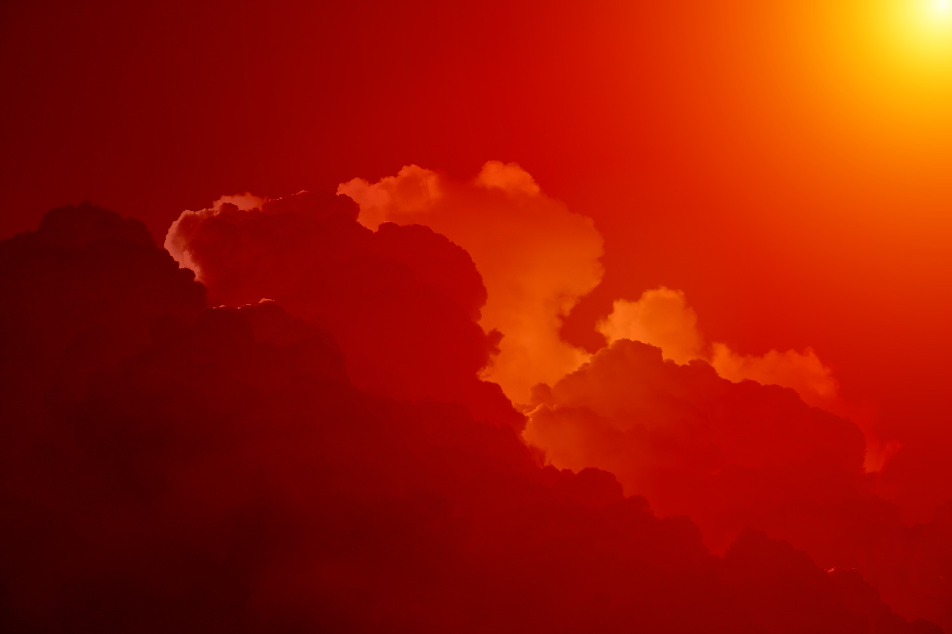 red clouds 1280×720 wallpaper. red clouds
