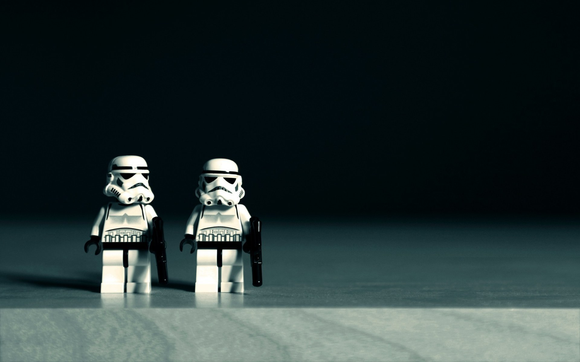 Stormtroopers Star Wars Lego Toys Desk HD Wallpaper – ZoomWalls