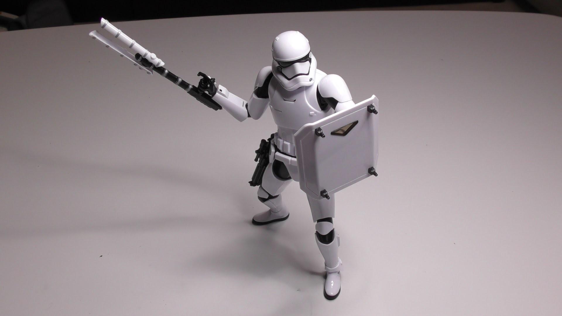 STAR WARS EP7 – First Order Storm Trooper Plamodel build video