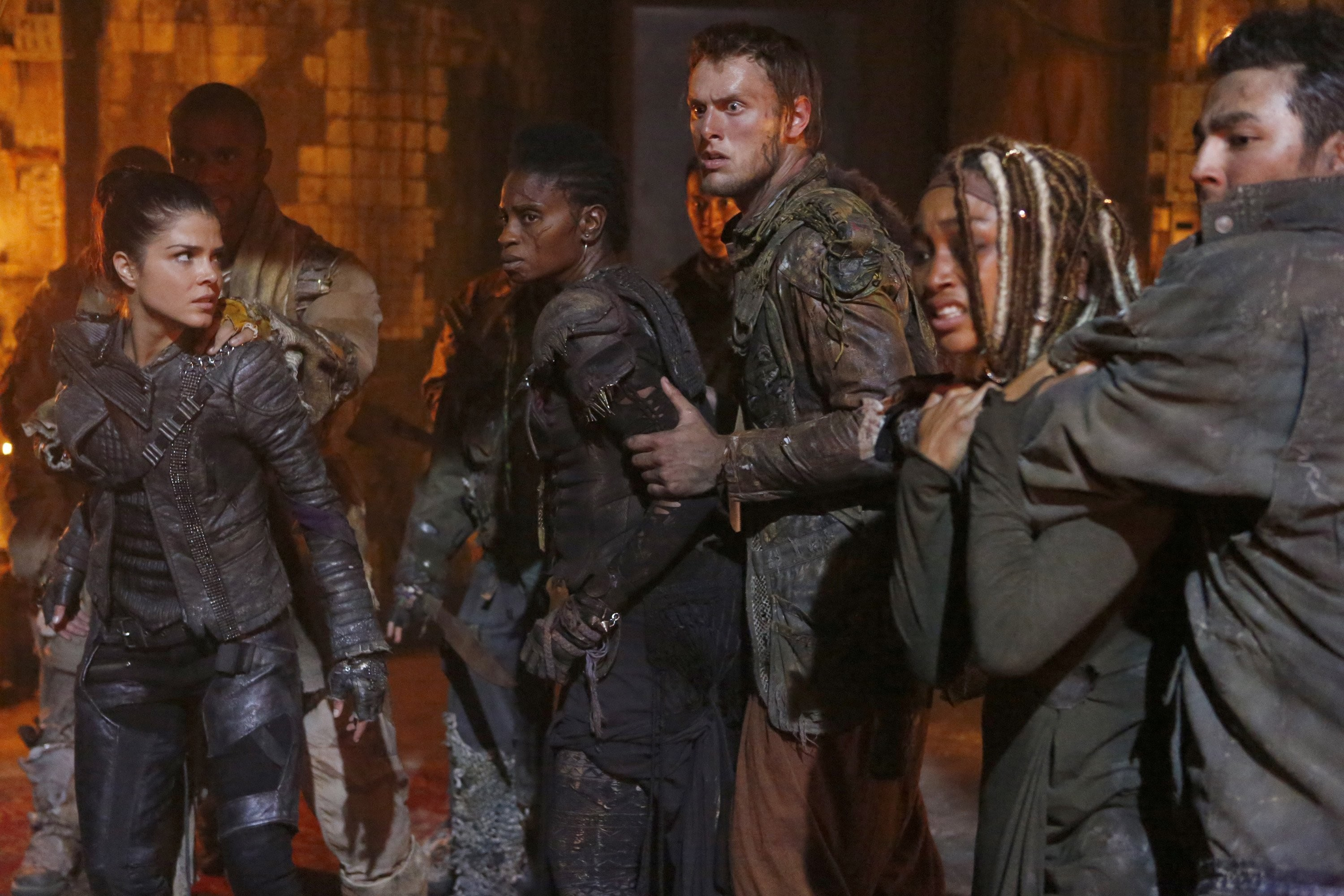 the 100 – octavia and indra with gaia