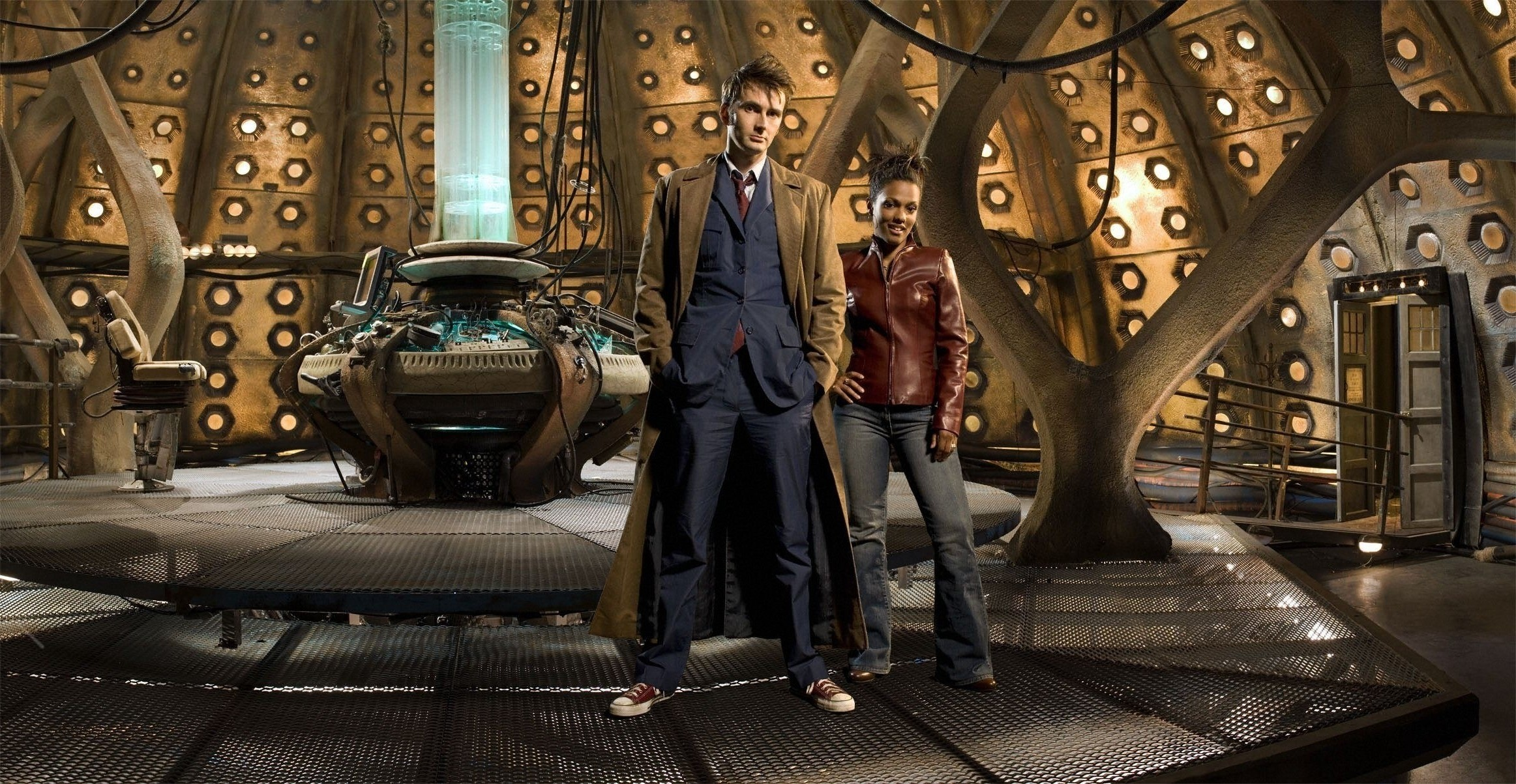 Doctor Who, The Doctor, TARDIS, David Tennant, Freema Agyeman, Tenth Doctor  Wallpapers HD / Desktop and Mobile Backgrounds