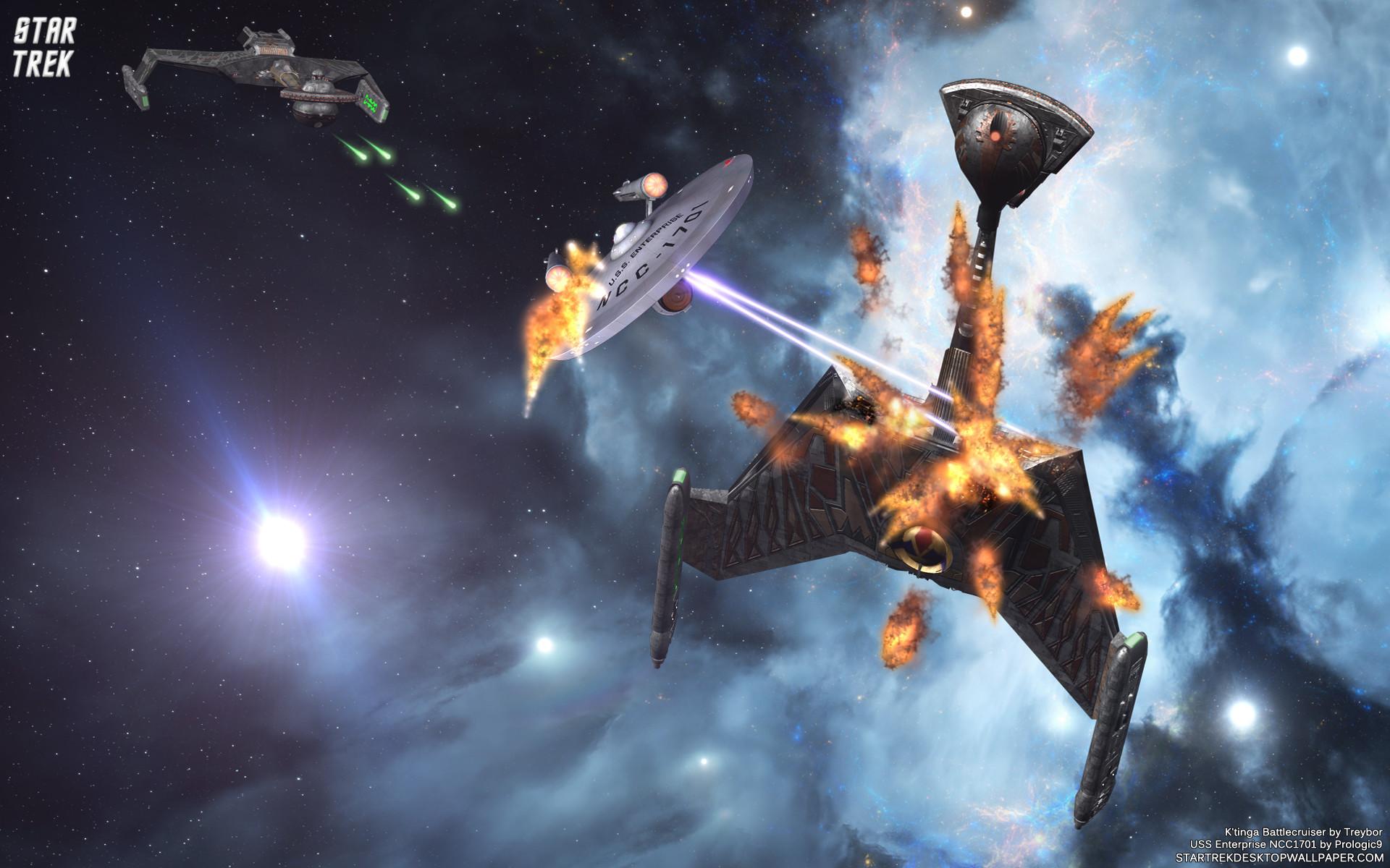 Star Trek Space Battle USS Enterprise 1701 Versus K'tinga Battlecruiser.  Free Star Trek