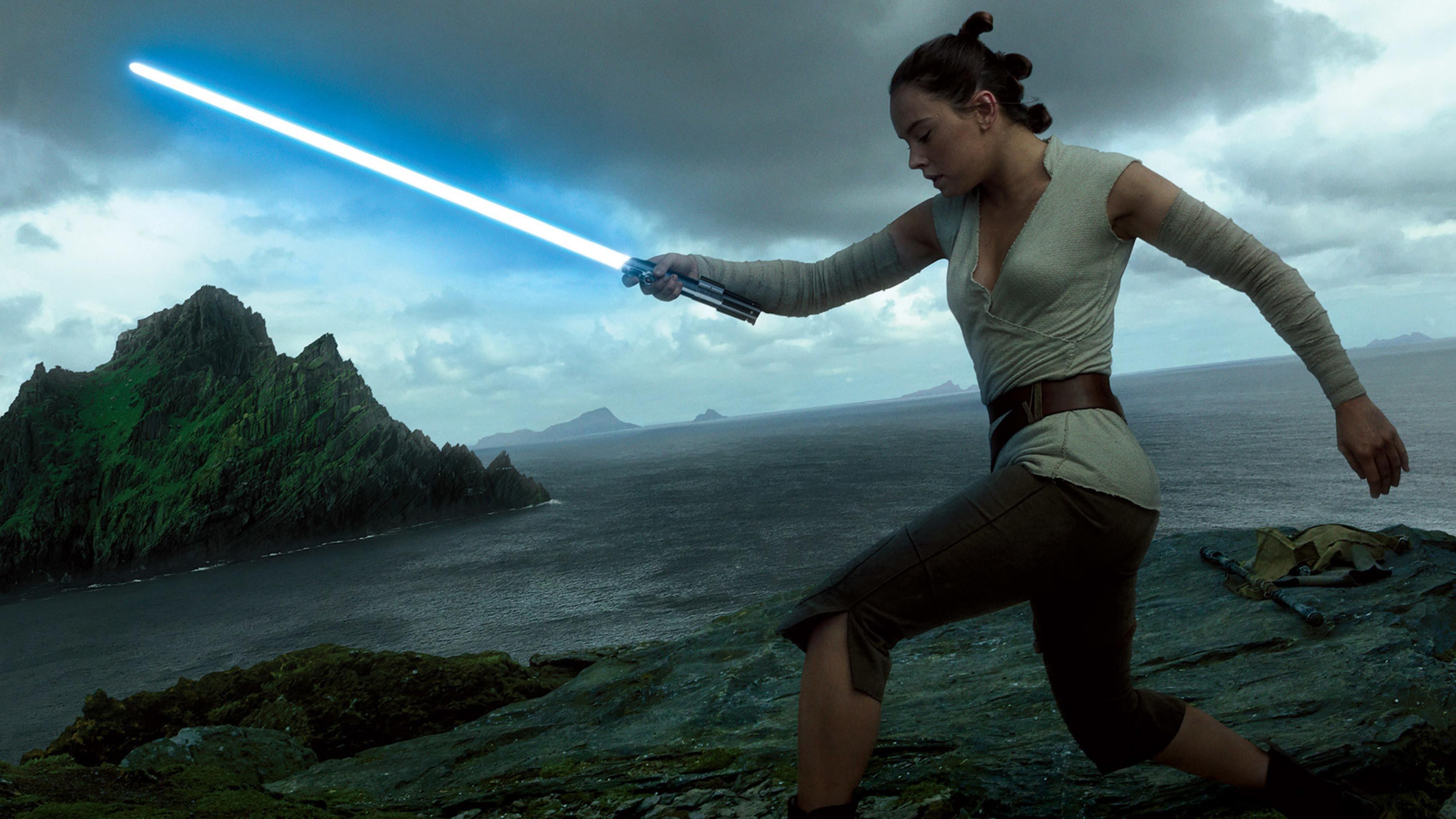 Rey lightsaber training – Star Wars: The Last Jedi wallpaper