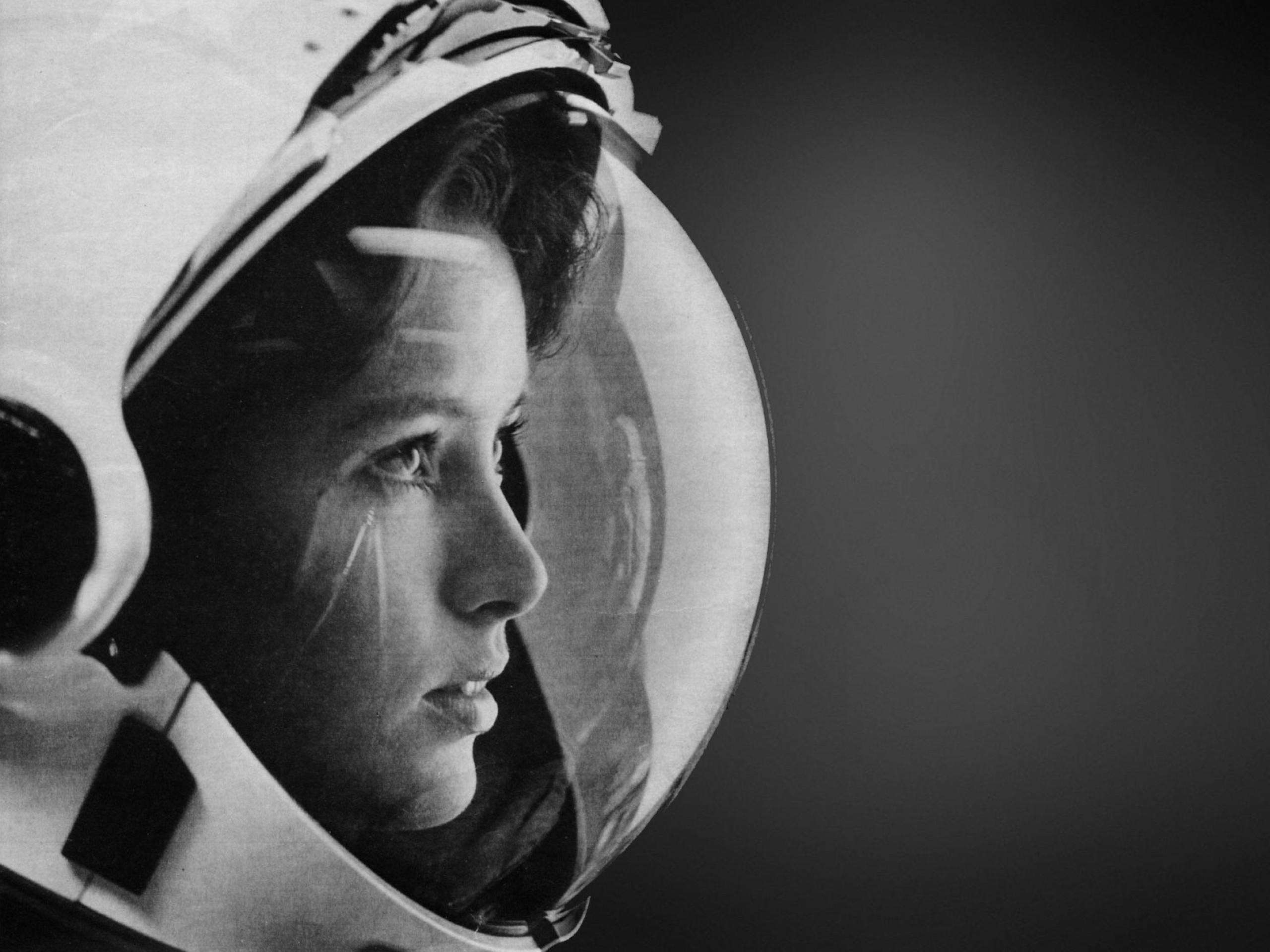 wallpaper.wiki-HD-Astronaut-Photos-PIC-WPD003847-1